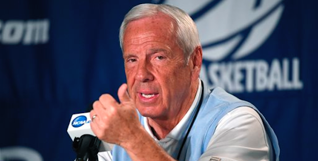 Roy Williams believes UNC has a shot at another big year in 2016-17. (AP Photo)