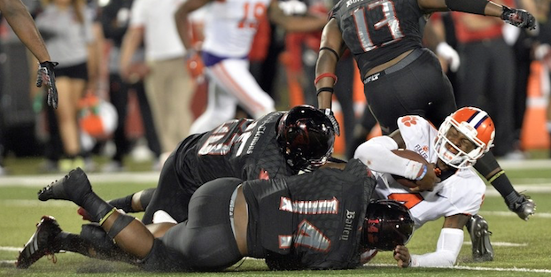 Louisville and Clemson face off in a game of ACC powerhouses. (AP Photo)
