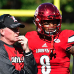 Louisville quarterback Lamar Jackson (8) has 34 total touchdowns this season. (AP Photo)