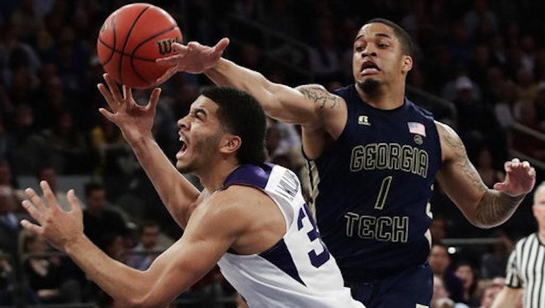 Tadric Jackson defends a pass