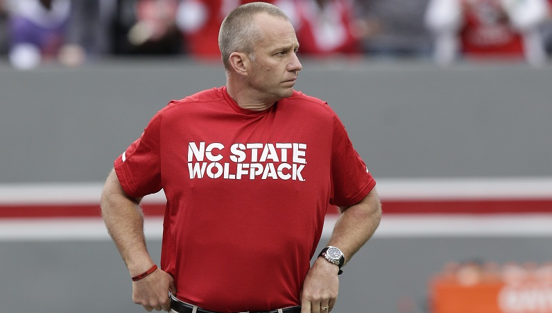 Dave Doeren watches