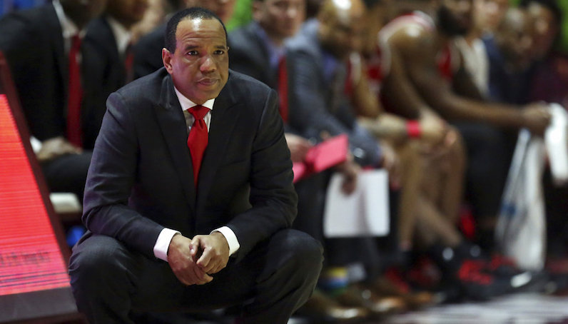 Kevin Keatts watches