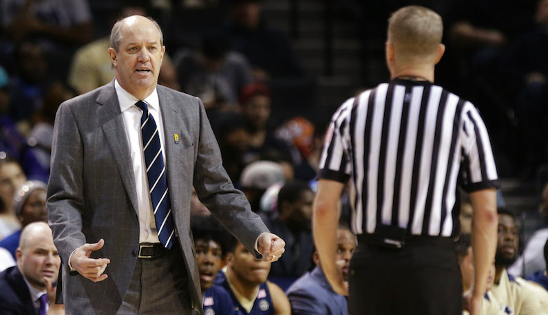 Pitt fires basketball coach Kevin Stallings after two seasons