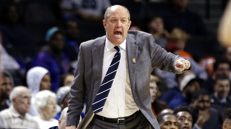 Kevin Stallings yells