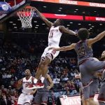 Markell Johnson dunks