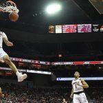 Jordan Nwora dunks