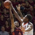 De'Andre Hunter blocks