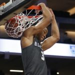 Cassius Stanley dunks