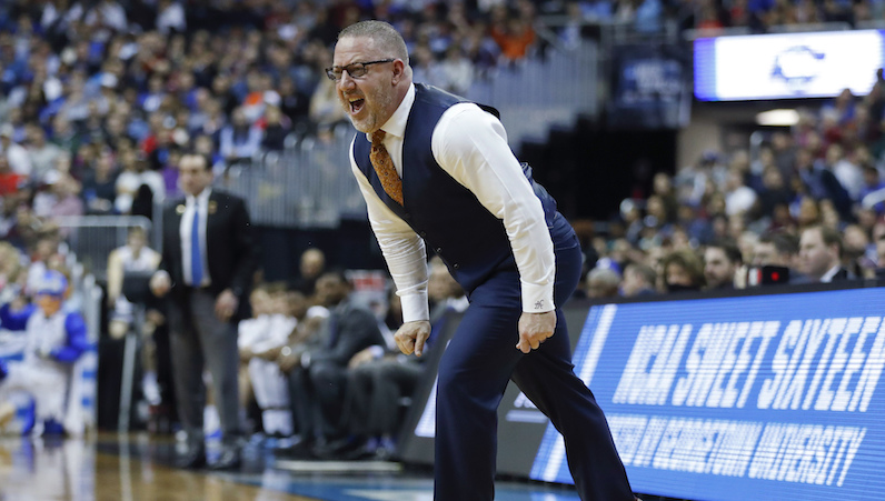 Buzz Williams yells