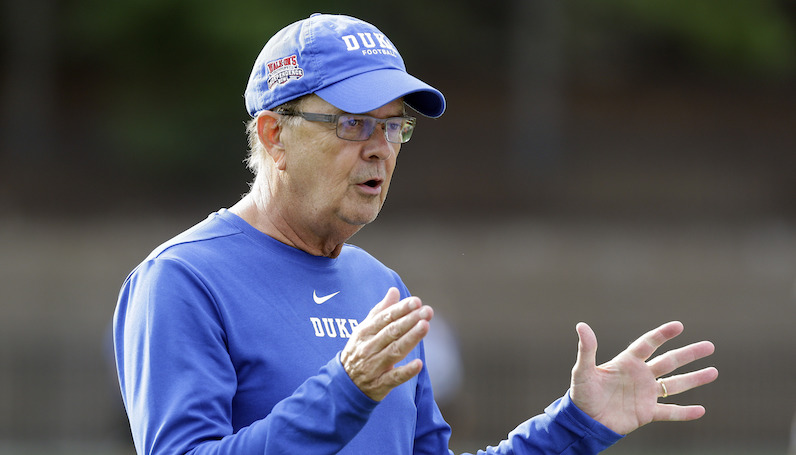 David Cutcliffe coaches