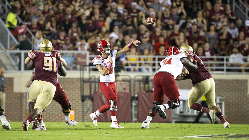 Bailey Hockman throws