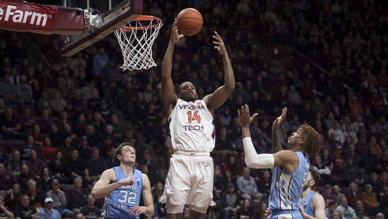 PJ Horne rebounds